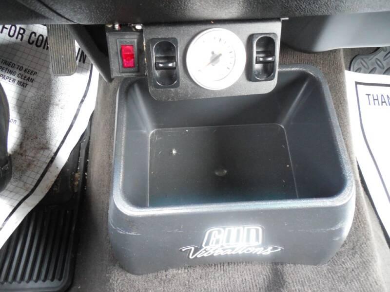2013 Chevrolet Silverado 1500 LT (image 14)