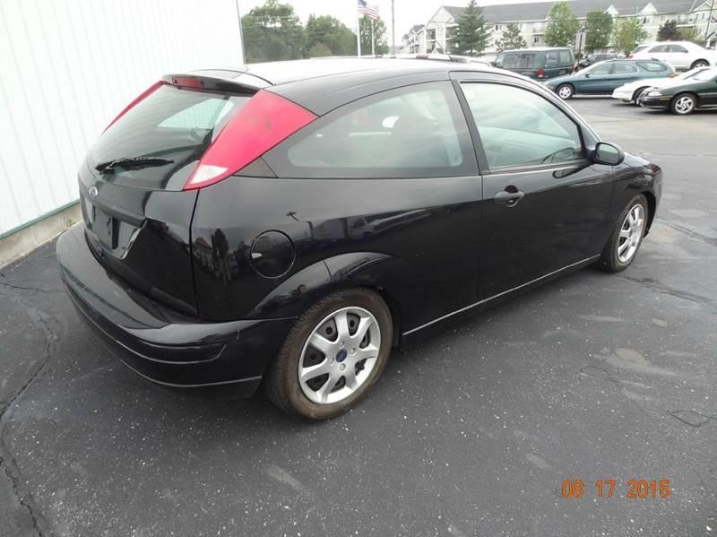 2005 Ford Focus ZX3 SE 2dr Hatchback - Saint Cloud MN