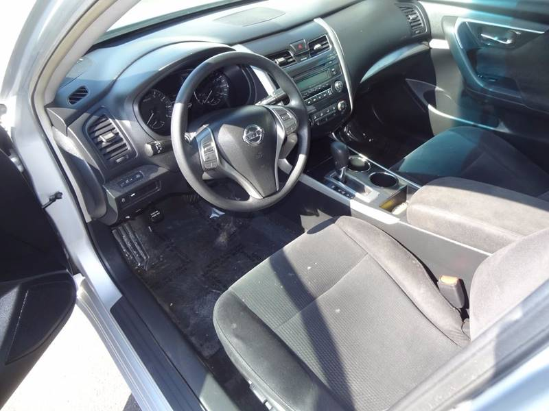 2013 Nissan Altima 2.5 S 4dr Sedan - Saint Cloud MN