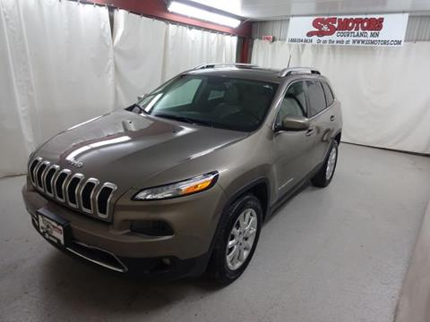 2017 Jeep Cherokee for sale in Courtland, MN