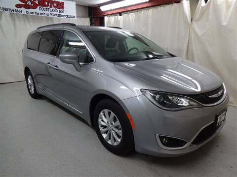 2017 Chrysler Pacifica Touring-L for sale at S & S Motors in Courtland MN