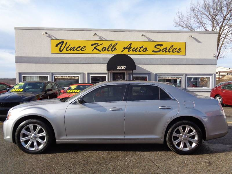 auctions cert gray in vehicle of detroit for left auto en lot carfinder sale chrysler online on view mi salvage title s copart