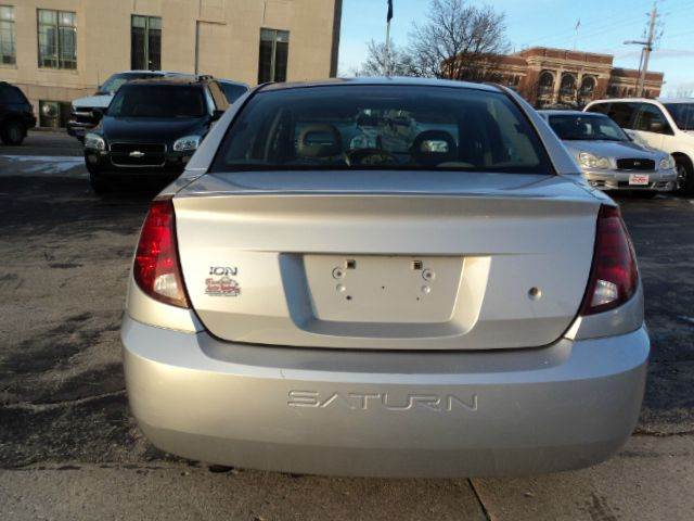 2003 Saturn Ion 2 4dr Sedan - Sheboygan WI