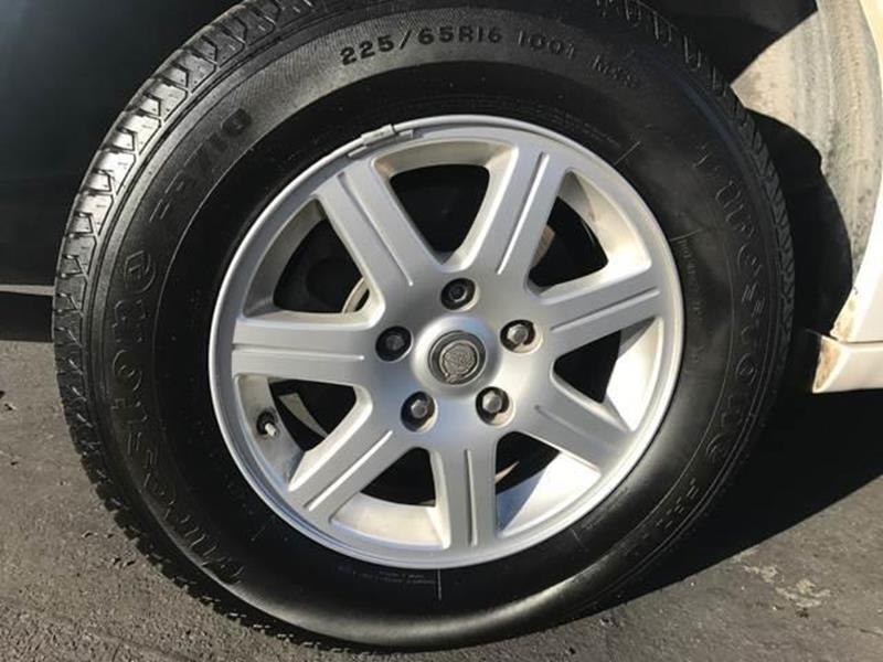2010 Chrysler Town and Country Touring 4dr Mini-Van - Kerman CA
