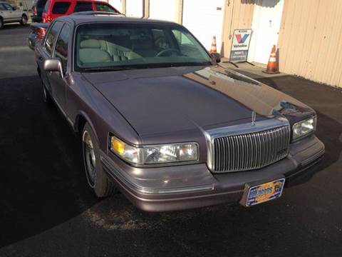 1995 Lincoln Town Car for sale at Holland Auto Sales and Service, LLC in Somerset KY