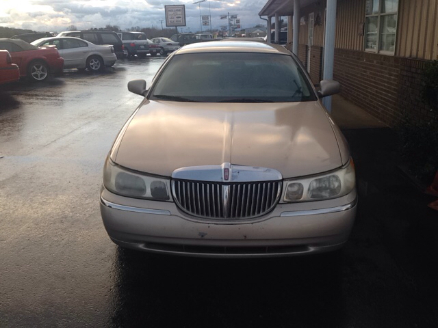 1998 Lincoln Town Car for sale at Holland Auto Sales and Service, LLC in Somerset KY