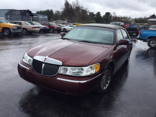 2002 Lincoln Town Car Signature 4dr Sedan In Somerset Ky Holland