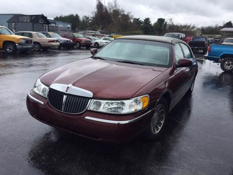 2002 Lincoln Town Car For Sale In Somerset Ky Carsforsale Com