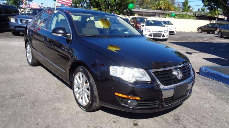 Volkswagen Passat 2010 Komfort 4dr Sedan