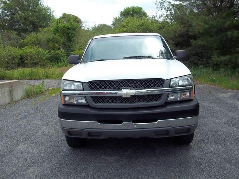 2004 Chevrolet Silverado 2500HD 2dr Standard Cab 4WD LB - West Bridgewater MA