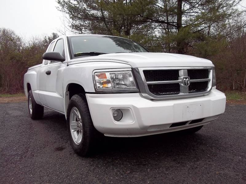 2008 Dodge Dakota SLT 4dr Extended Cab SB - West Bridgewater MA