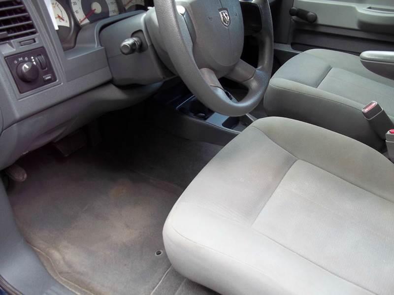 2006 Dodge Dakota ST 4dr Quad Cab 4WD SB - West Bridgewater MA