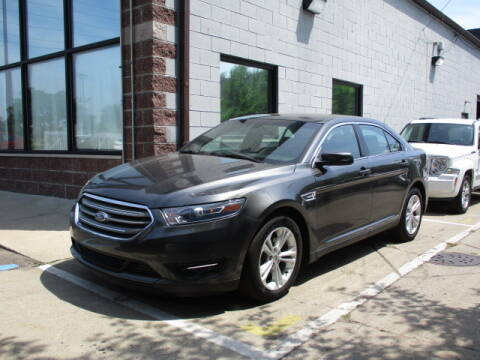 2018 Ford Taurus for sale at SOUTHFIELD QUALITY CARS in Detroit MI