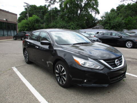 2018 Nissan Altima for sale at SOUTHFIELD QUALITY CARS in Detroit MI
