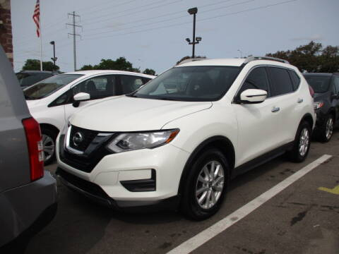 2017 Nissan Rogue for sale at SOUTHFIELD QUALITY CARS in Detroit MI