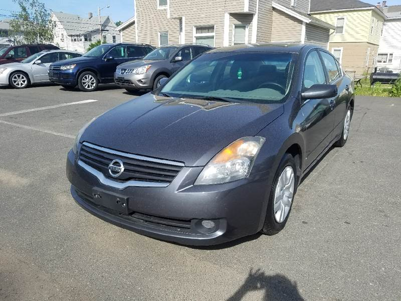 2009 Nissan Altima 2.5 4dr Sedan - Indian Orchard MA