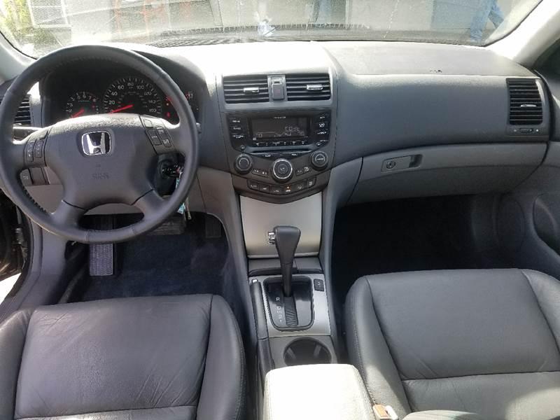 2004 Honda Accord EX V-6 4dr Sedan - Indian Orchard MA