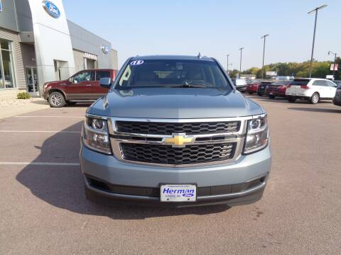 2015 Chevrolet Suburban for sale at Herman Motors in Luverne MN