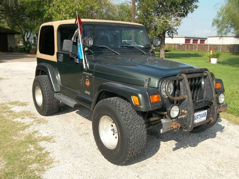 Perfect 1997 Jeep Wrangler Sahara 2dr 4WD SUV   Victoria TX