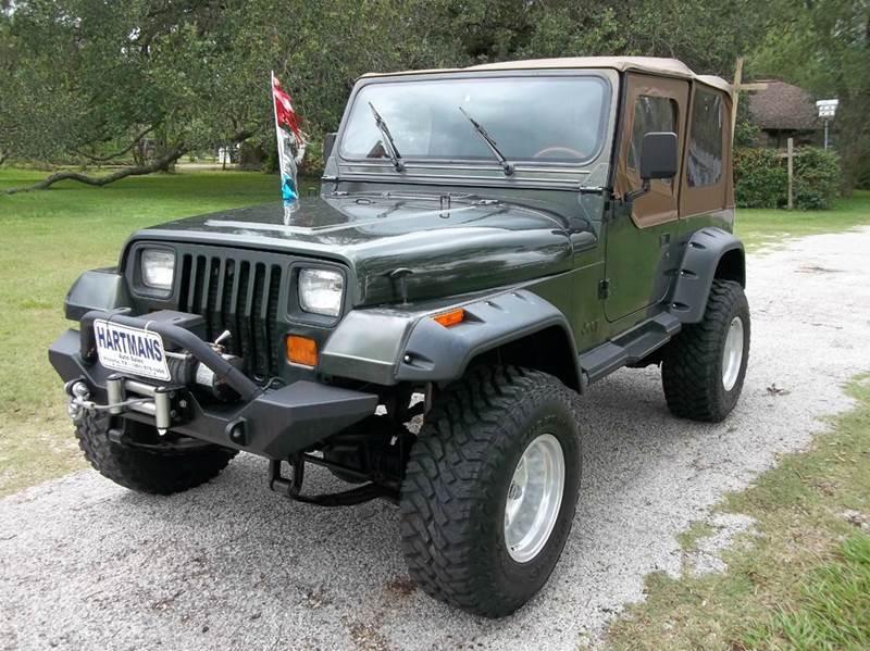 1995 Jeep Wrangler Sahara 2dr 4WD SUV   Victoria TX