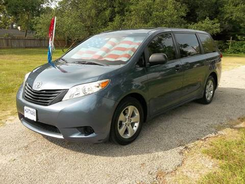 2014 Toyota Sienna for sale at Hartman's Auto Sales in Victoria TX