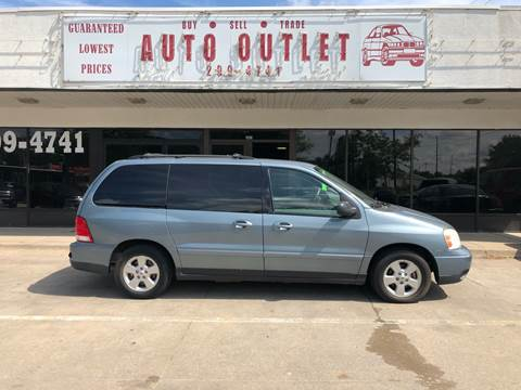 Used Car Dealerships In Des Moines >> Auto Outlet Car Dealer In Des Moines Ia