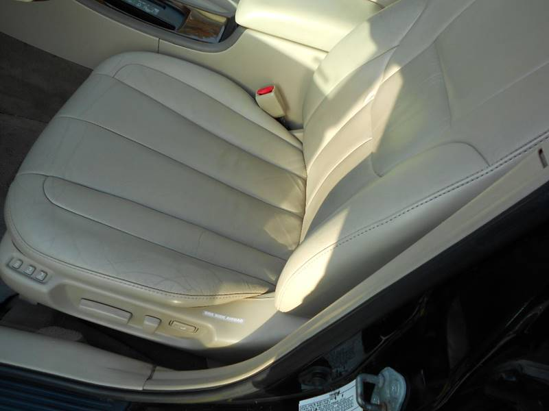 2003 Toyota Avalon XLS 4dr Sedan w/Bucket Seats - River Grove IL