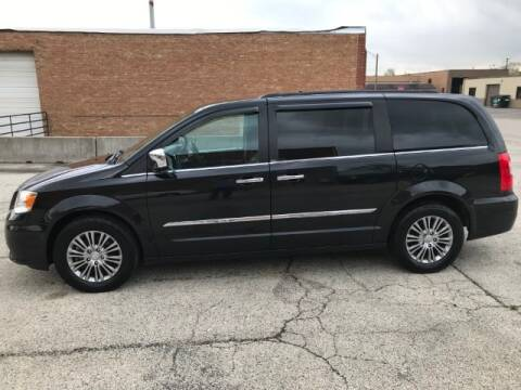 2014 Chrysler Town and Country Touring-L for sale at Elite Car Outlet in Elmhurst IL