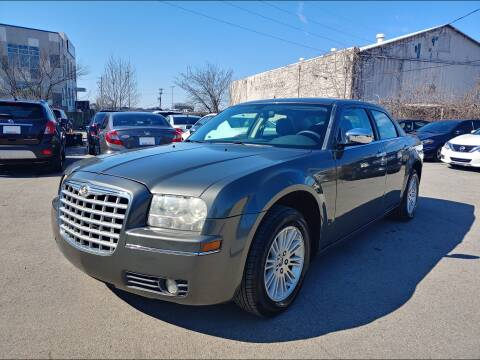 2010 Chrysler 300 Touring for sale at 321 DRIVE in Nashville TN