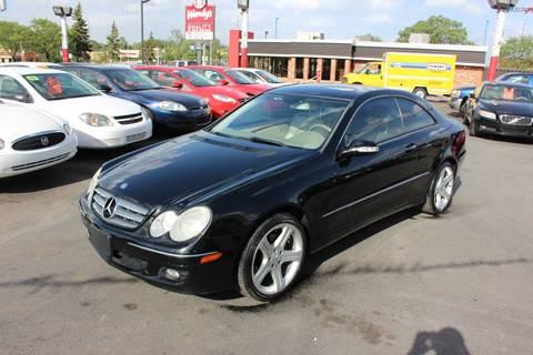2006 Mercedes-Benz CLK for sale at BANK AUTO SALES in Wayne MI