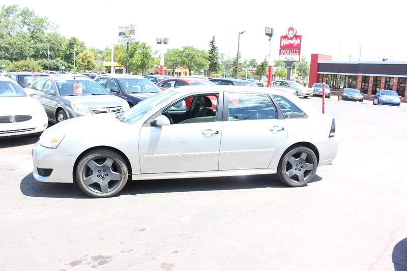 2006 Chevrolet Malibu Maxx for sale at BANK AUTO SALES in Wayne MI