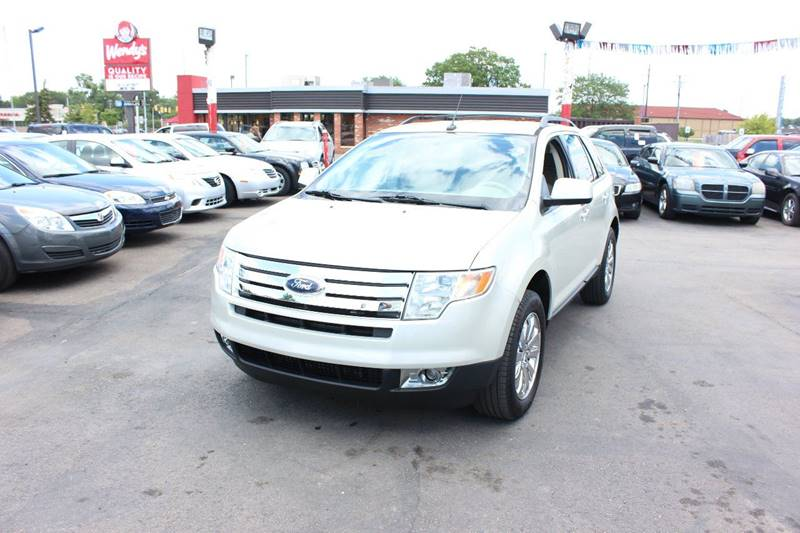 2007 Ford Edge for sale at BANK AUTO SALES in Wayne MI