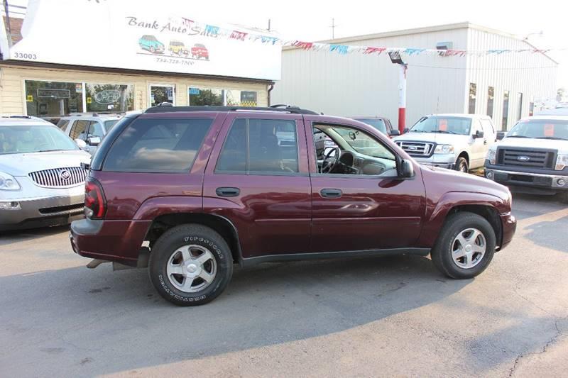 2006 Chevrolet TrailBlazer for sale at BANK AUTO SALES in Wayne MI