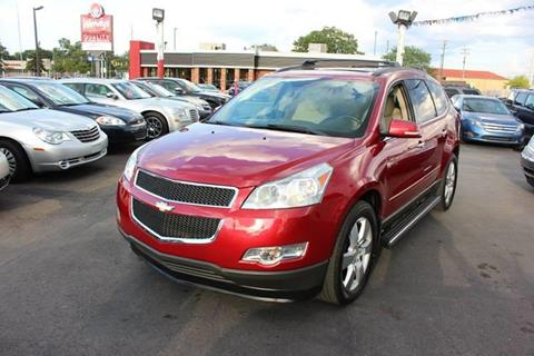 2012 Chevrolet Traverse for sale at BANK AUTO SALES in Wayne MI