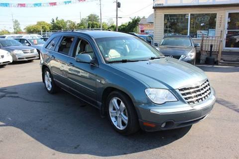2007 Chrysler Pacifica for sale at BANK AUTO SALES in Wayne MI