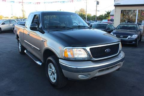 2003 Ford F-150 for sale at BANK AUTO SALES in Wayne MI