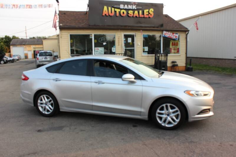 2013 Ford Fusion for sale at BANK AUTO SALES in Wayne MI