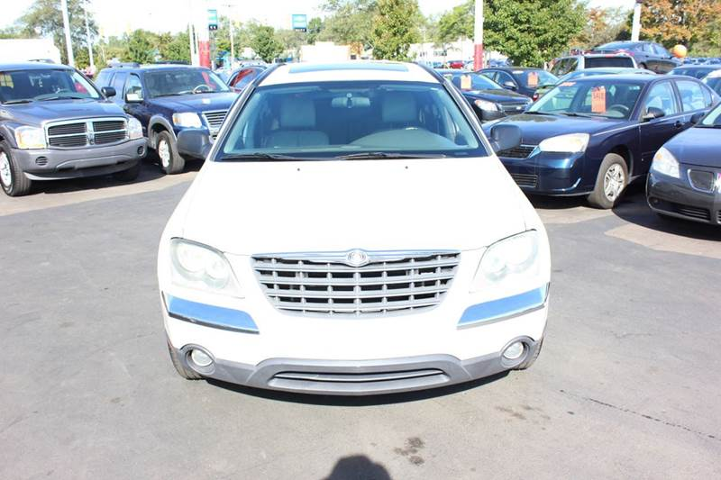 2006 Chrysler Pacifica for sale at BANK AUTO SALES in Wayne MI