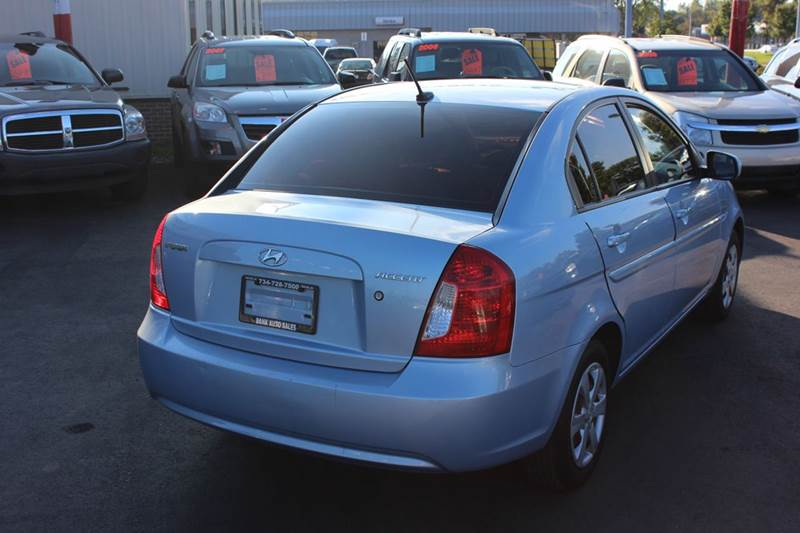 2011 Hyundai Accent for sale at BANK AUTO SALES in Wayne MI