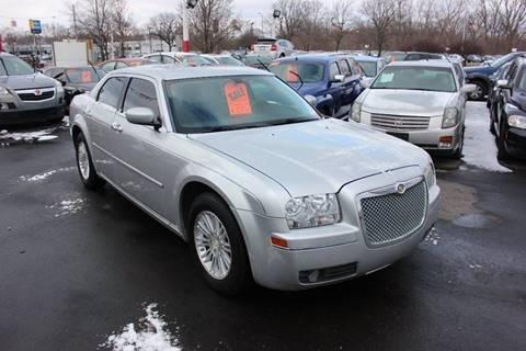 2008 Chrysler 300 for sale in Wayne, MI