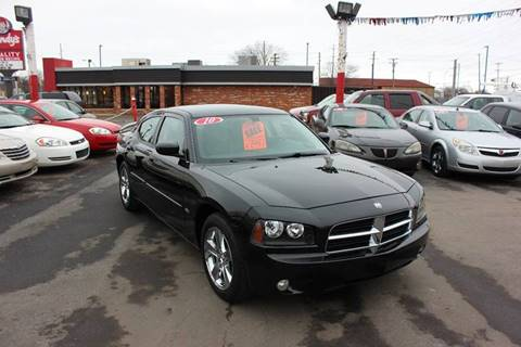 2010 Dodge Charger for sale at BANK AUTO SALES in Wayne MI