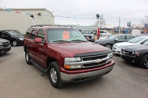 2003 Chevrolet Tahoe for sale at BANK AUTO SALES in Wayne MI