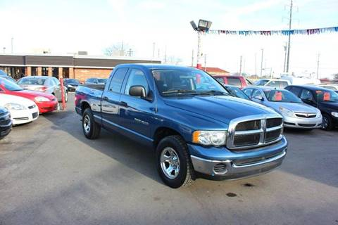 2004 Dodge Ram Pickup 1500 for sale at BANK AUTO SALES in Wayne MI