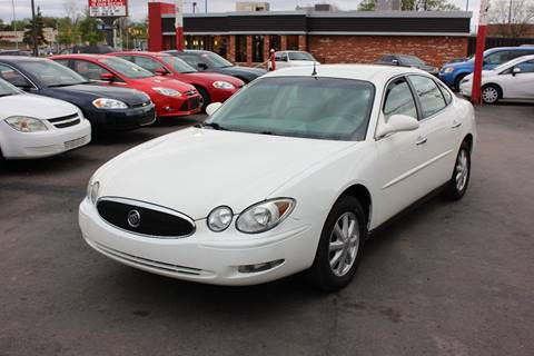2005 Buick LaCrosse for sale at BANK AUTO SALES in Wayne MI