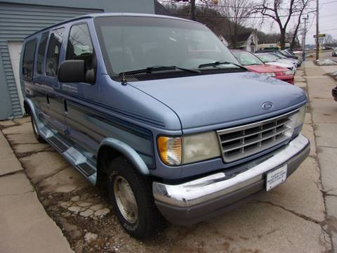 1996 Ford E-Series Wagon for sale in Richland Center, WI