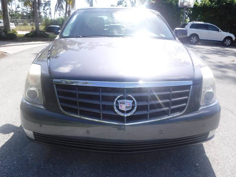 the specs used prices w cars and photos car cadillac dts reviews m new connection