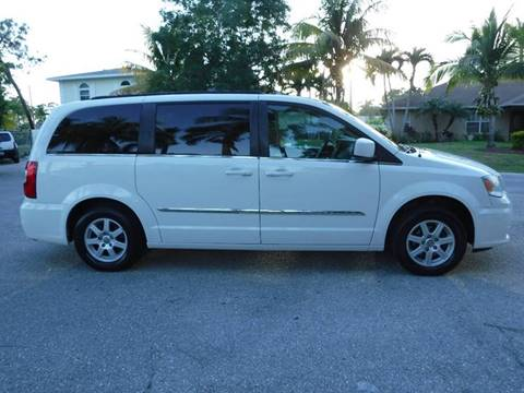 Attractive ... 2011 Chrysler Town And Country