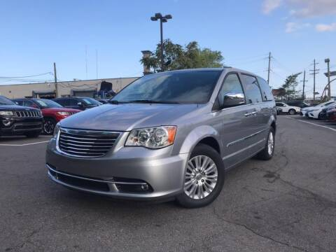 2016 Chrysler Town and Country for sale at EUROPEAN AUTO EXPO in Lodi NJ
