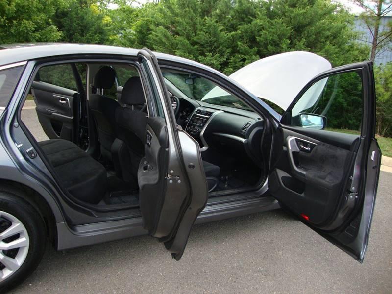 2014 Nissan Altima 2.5 S 4dr Sedan - Chantilly VA
