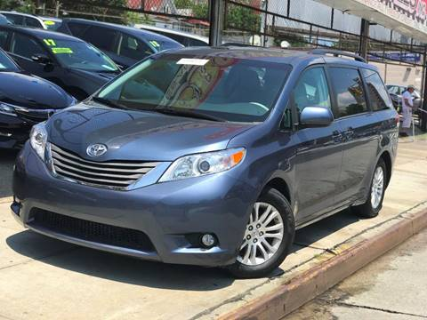 2014 Toyota Sienna for sale in Jamaica, NY